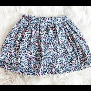 Other - Simply adorable girl's skirt w/ built in shorts